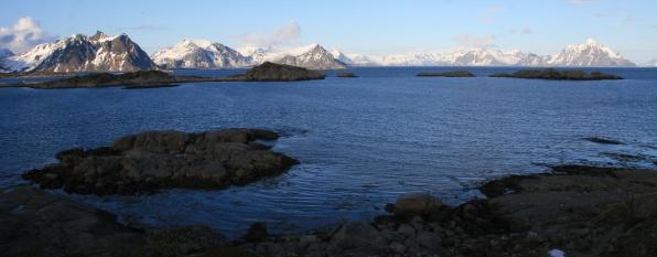 L'entrée du fjord. Stamsund, Lofoten. Avril 2012