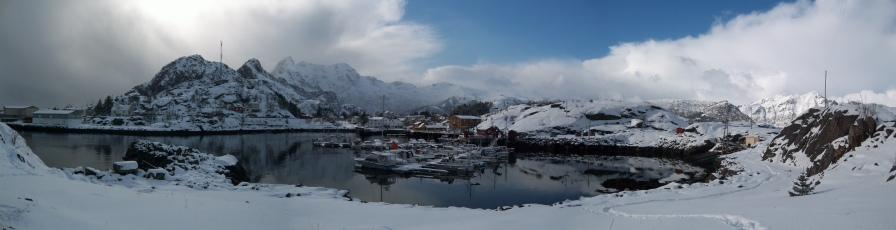 Le port sous la neige. Stamsund, Lofoten. Avril 2012