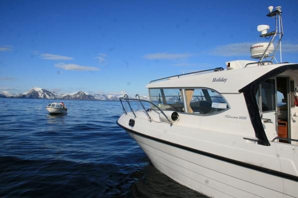 Pêcheurs en mer des Lofoten, vers Stamsund. Avril 2012
