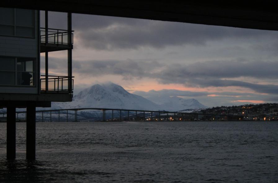 Montagnes à Tromsø, décembre 2010