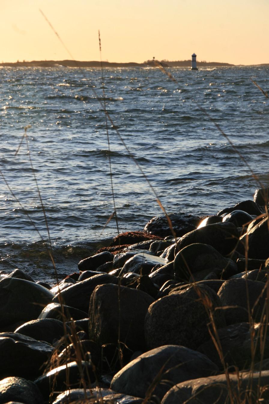 Rochers au soleil, Ålands, Finlande (novembre 2011)