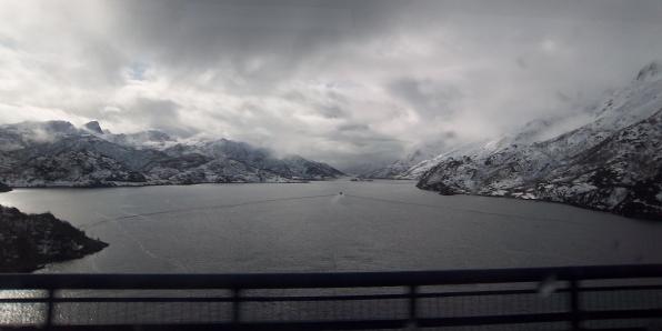 arrivée sur les Lofoten, vue du bus. Mars 2012