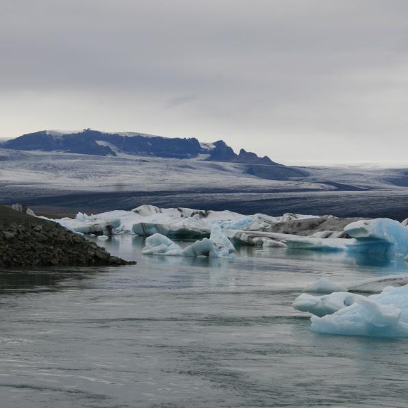 Icebergs bleus du Jökulsárlón, Islande, septembre 2012