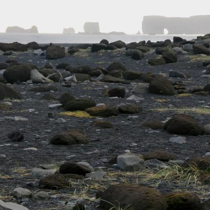 Dyrhólaey vue depuis la plage, Islande, septembre 2012