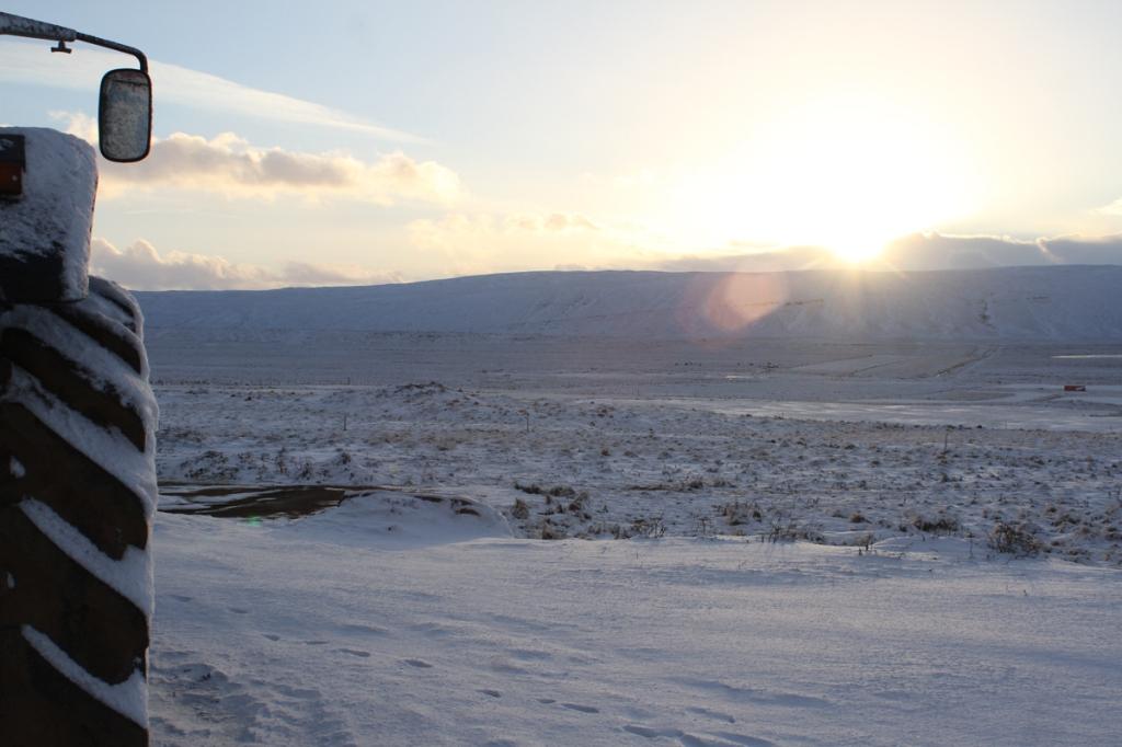 Neige et tracteur islande