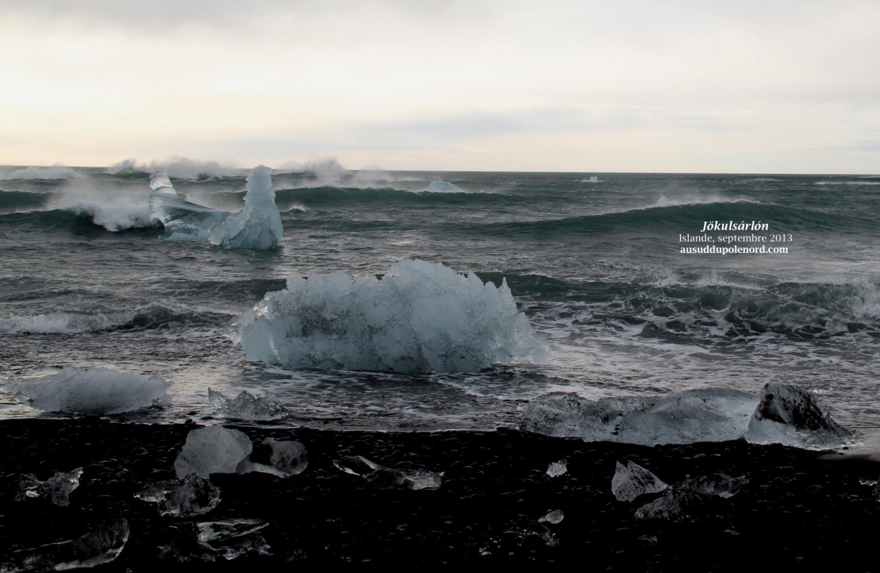 mini-icebergs sable noir jokulsarlon
